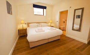 Coat Barn - Bedroom 8 is a ground floor room with en suite shower facilities