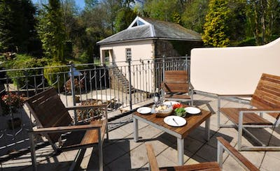 Short Breaks at Number Five Corffe Cottages
