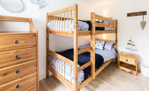 Bunkbeds in the second bedroom