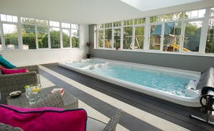 Sandfield House - Holiday house sleeping 14 with a private pool, swim spa, games room and play area