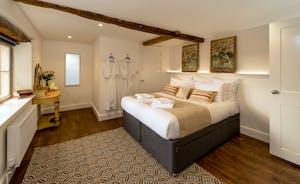 Hesdin Hall - Bedroom 8: Another stylish room on the top floor