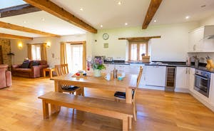 Wagtail Corner, Stonehayes Farm - Downstairs it's all open-plan, light and airy