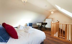 Bumblebee Bedroom 3: A great room for older children or teenagers