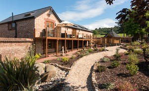 Foxhill Lodge - Luxurious inside and out!