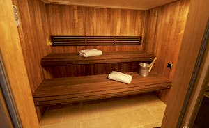 Beaverbrook 20 - At the end of the spa hall, a sauna with room for 8