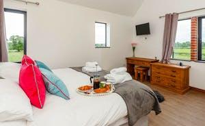 Bedroom 2 sleeps 2 guests in a super king bed