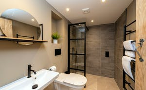 Whimbrels Barton - Bean Goose Barn: The ground floor shower room