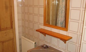 .... and loo and basin.