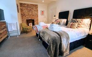 Pitmaston House - Bedroom 3
