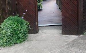 Guest entrance (outside)