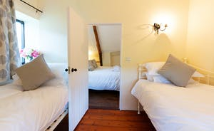 Pippinsands, Stonehayes Farm - Bedroom 5 - A twin room for the children, and a double room for Mum & Dad