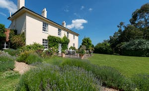 Asham House - Large country house to rent for family holidays in Somerset