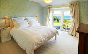 1st Floor Ensuite Double Bedroom with Sea View