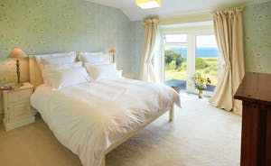 1st Floor Double Bedroom with Sea View
