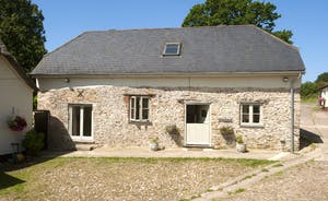 Siskins Nook, Stonehayes Farm: Once an old cider barn, now a gem of a holiday cottage for 4