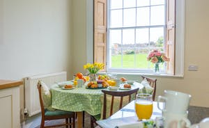 Pound Farm - A lovely spot for a leisurely breakfast