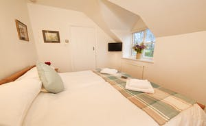 Halse Water House - Bedroom 6 is a twin room on the ground floor in the self contained annexe.