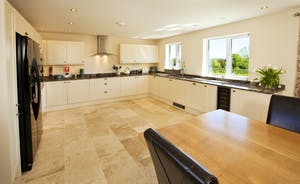 Holemoor Stables: A Shaker style kitchen that's got plenty of room and is very well-equipped