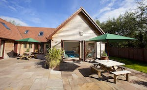 Thorncombe - Timber clad lodge set at the foot of the beautiful Quantock Hills