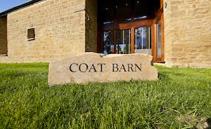 Coat Barn - Old hamstone barns transformed into a luxury large group holiday home
