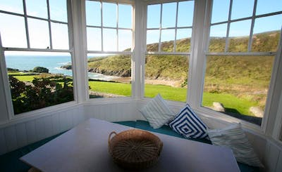 Short Breaks at Wavecrest East Side, New Polzeath