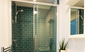 The Plough - En suite shower room for Bedroom 10; fresh and modern