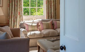 Asham House - The feel is relaxed and homely throughout