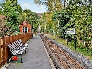 located close to the famous Ffestiniog Railway Station