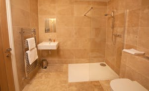 Foxcombe - A spacious en suite shower room for Bedroom 3 - also accessible from the hallway