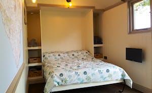 Shepherd's Hut bed
