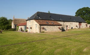 Whinchat Barns - Dippers Rest: For families, friends and corporate stays