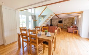 Pipits Retreat, Stonehayes Farm - A wonderful cottage for families or friends to stay in