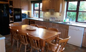 Kitchen with double oven, ceramic hob, american F/F, table to seat 8 etc