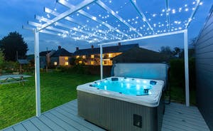 Frog Street: Soak in the hot tub beneath the twinkly lights - bliss!