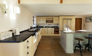 Bumblebee: a stylish country style kitchen