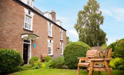 Short Breaks at Forest House
