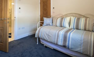 Bedroom 4 - single bed with optional pull out single