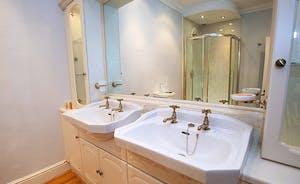 Sandfield House - Bedroom 2 has an en suite shower room
