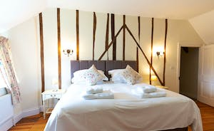 Pippinsands, Stonehayes Farm - Bedroom 1 has zip and link beds and a modern en suite shower room