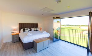 The Granary - Bedroom 7 can be either a super king or a twin room