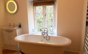 Riversdale Lodge Upstairs Bathroom