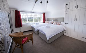 The Benches - Bedroom 2 is a light and spacious room overlooking the River Wye