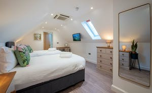 Churchill 30 - Bedroom 4 sleeps 4