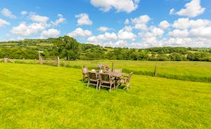 Whinchat Barns - Dippers Rest: Idle the days away amidst the glorious Devon countryside