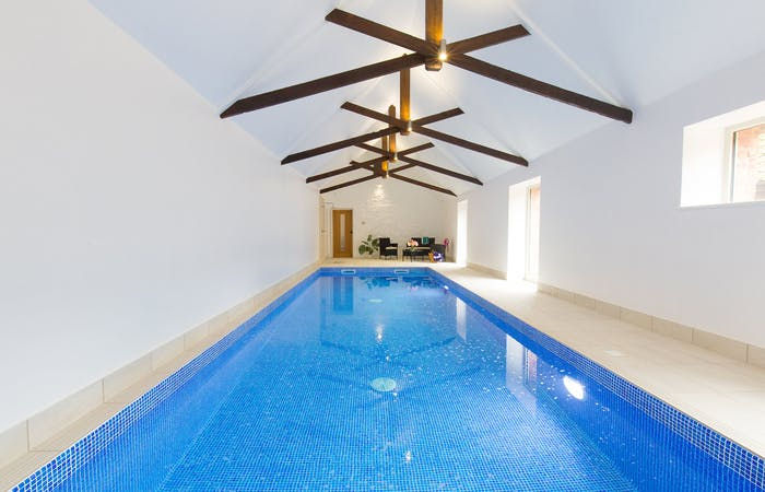Luxury group accommodation in Somerset sleeps 18 with indoor pool, hot tub, sauna and games room