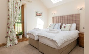 Foxhill Lodge - Bedroom 2: Light and airy, countryside views to wake up to