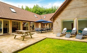 Foxcombe - With plenty of room, Foxcombe is fantastic for family holidays and large group stays
