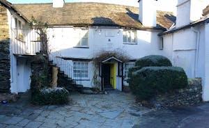 Ann Tysons Main Cottage Front