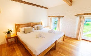 Whinchat Barns - Dippers Rest, Bedroom 2: A calm and restful space; you're bound to sleep well!
