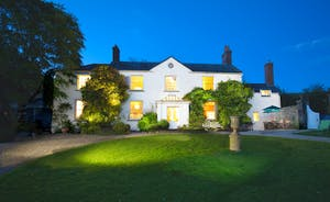 Stunning country house sleeping 16 in 8 bedrooms